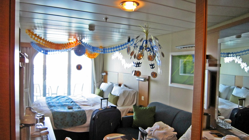 Our cabin 12270 decorated for dianes birthday in bon voyage streamers thanks karen